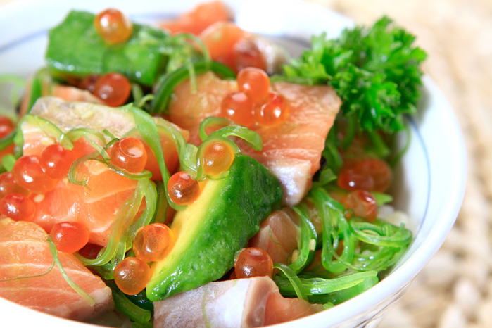 73419407 4278666 5481363336 814119046c Salmon Avocado Don O